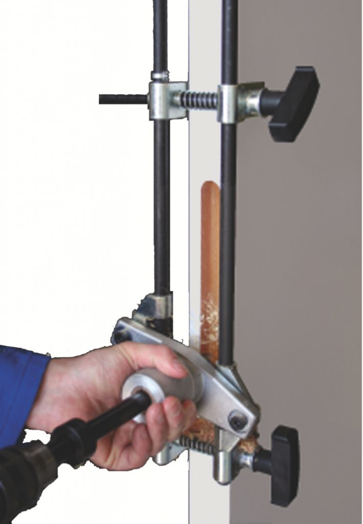 Défonceuse : Dispositif à percer et mortaiser DPM 100/50 - fourniture standard