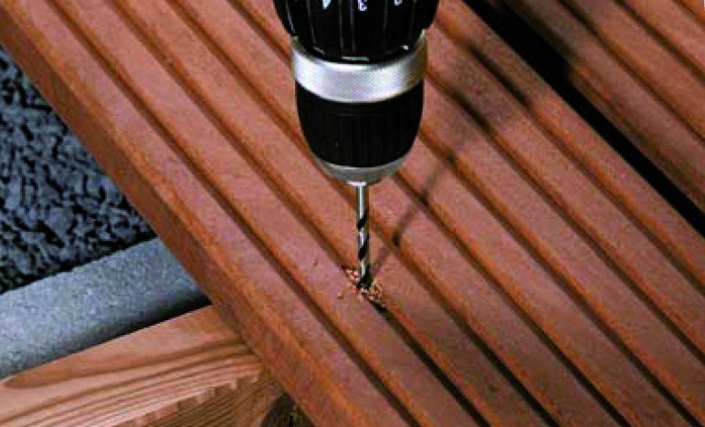 Fixation terrasse bois : Spax D - inox A4 double filet