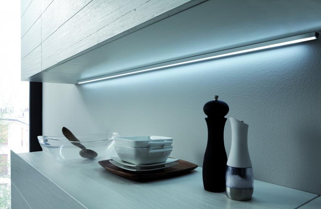 Luminaire led : Réglette Lugano - blanc froid