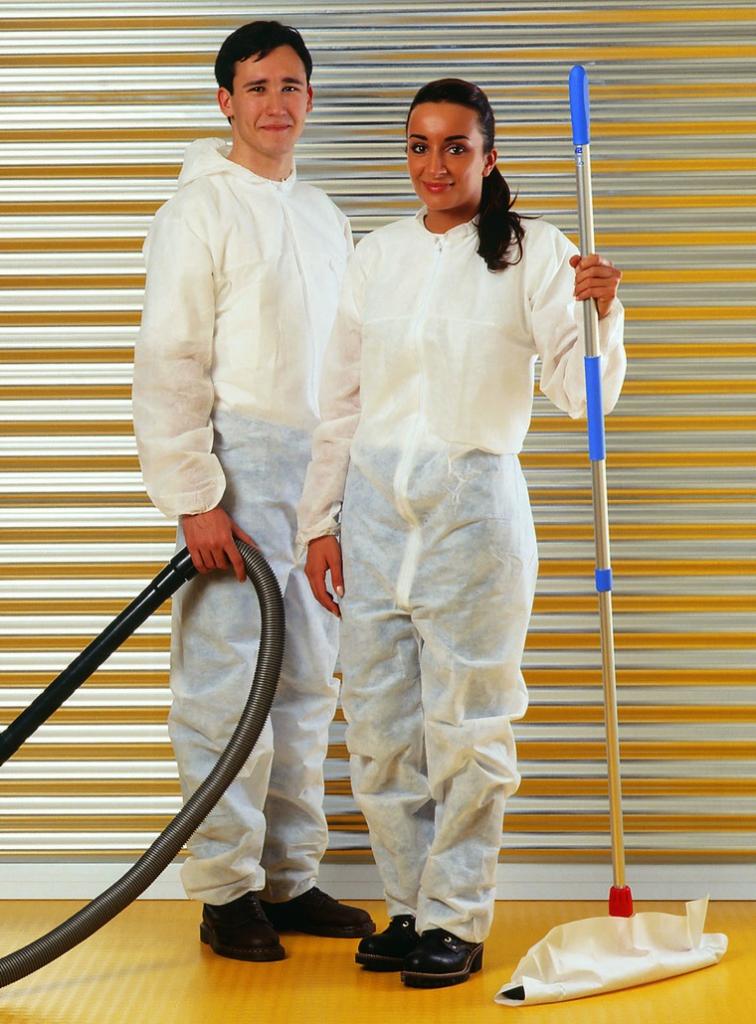 Vêtement à usage court : Combinaison à capuche PP2