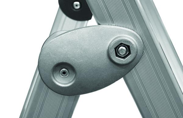 Marchepieds : Aluminium anodisé PRO 54