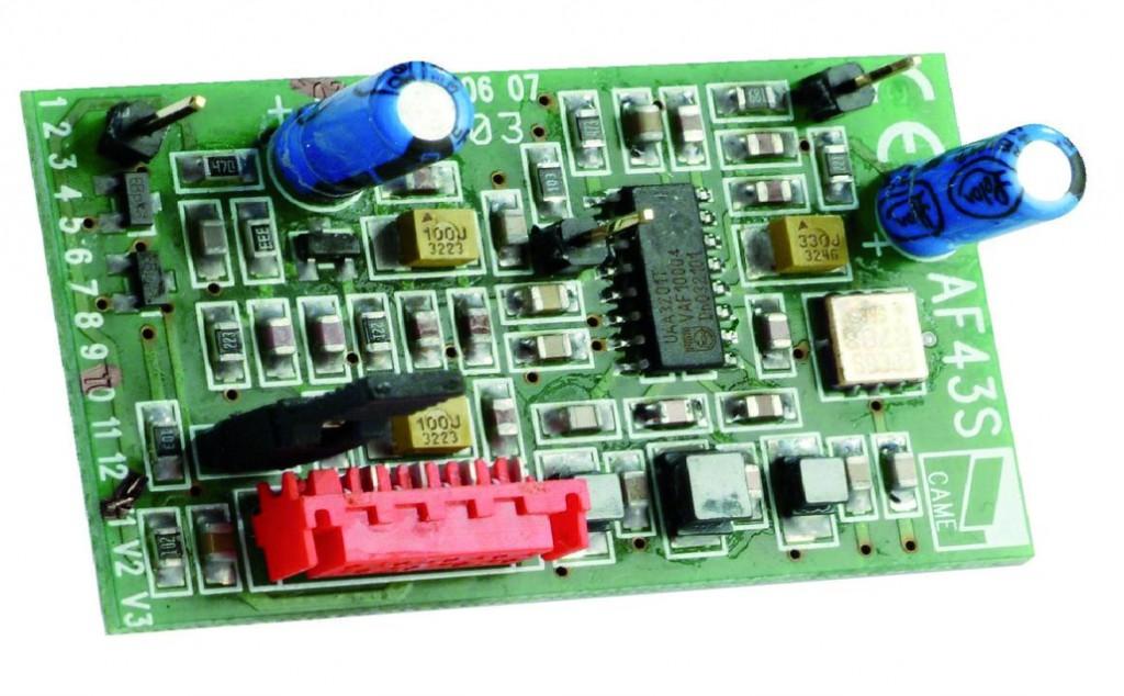 Motorisation de porte et portail : Récepteur radio bi-canal embrochable