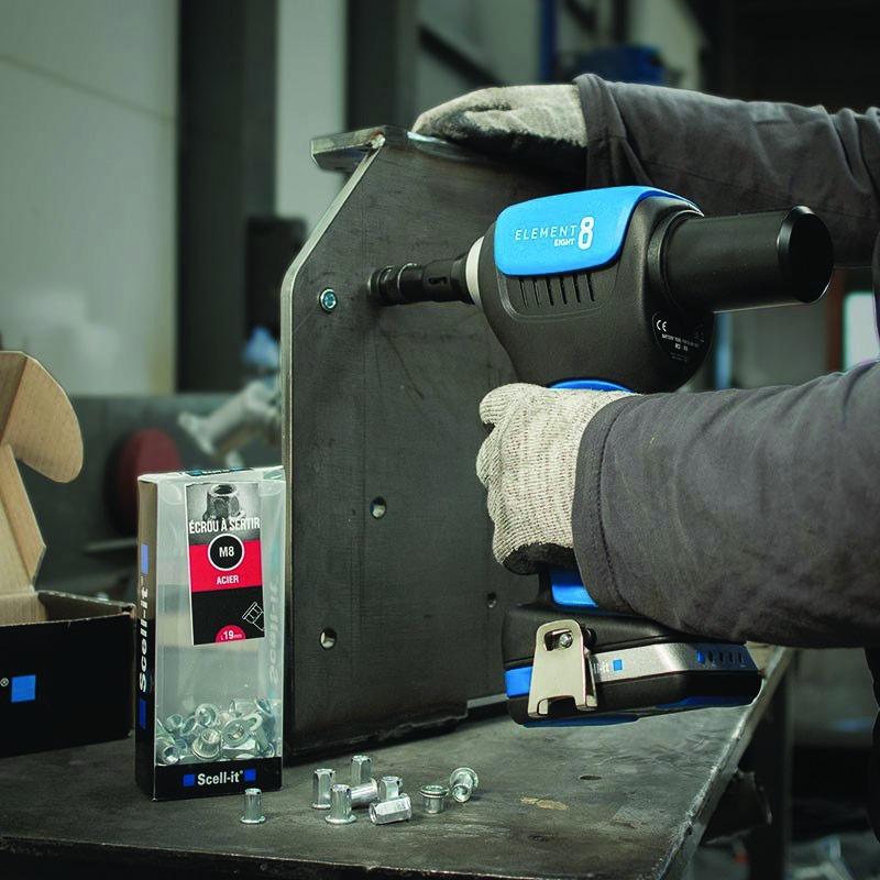 Pince à rivets - sertisseuse : Sertisseuse sur batterie E8