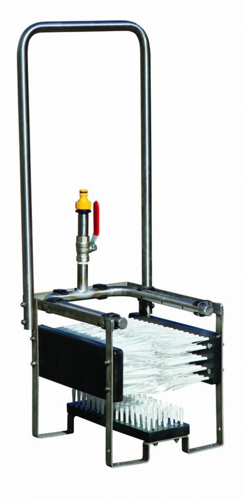 Mobilier de chantier : Nettoyeur de bottes en acier inox