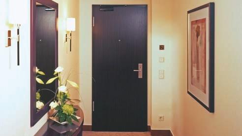 Ferme-porte à crémaillère Geze : Ferme-porte TS Wood