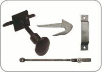 Verrou : A olive acier peinte en noir - fer forgé