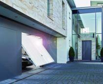 Porte de garage basculante : Porte basculante débordante EUROPRO sans rails à bardage vertical motif 132