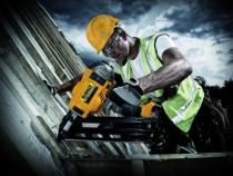 Agrafage et clouage pneumatique : DCN 690 M2 - 18 V - 4,0 Ah