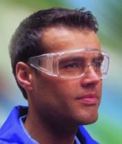 Surlunettes : Evastar - permet le port de lunettes correctives