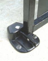 Ferrure de portes et de portails : Matériau composite
