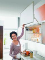 Agencement de cuisine : Ferrure relevante - parallèle HL